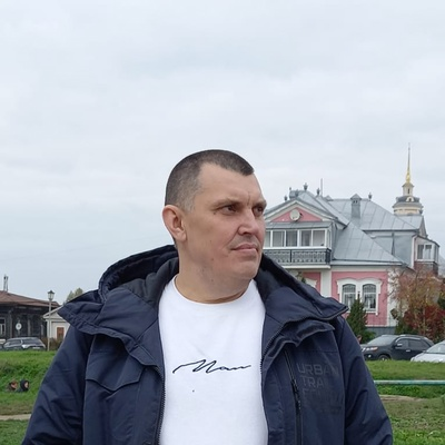 Михаил Владимирович, Москва
