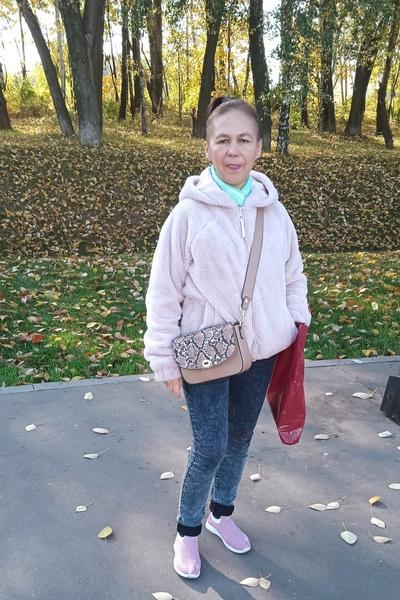 Эльмира Фахрединова, Москва