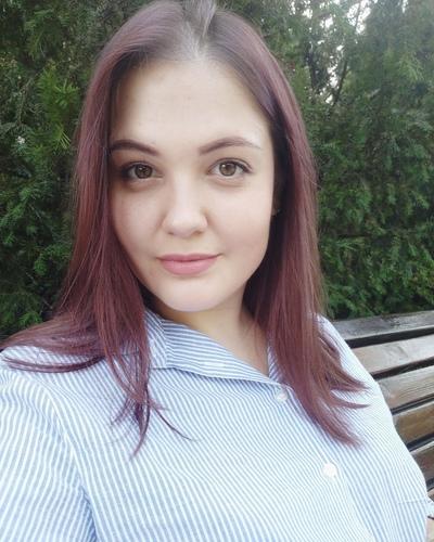 Лена Ипатий