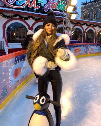 Алена Жданова, Москва