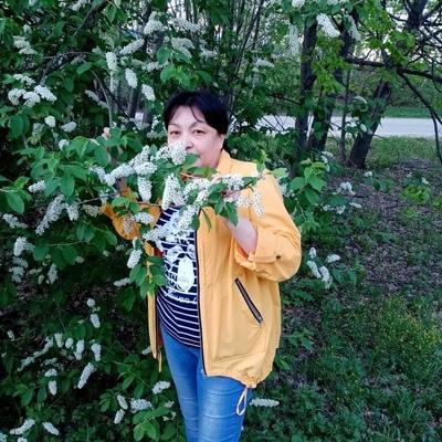 Nadya Arslanova
