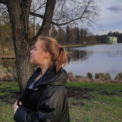 Ангелина Плужникова, Гатчина