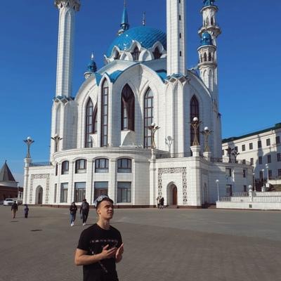 Азамат Мур, Казань