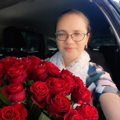 Вероника Петрова, Москва