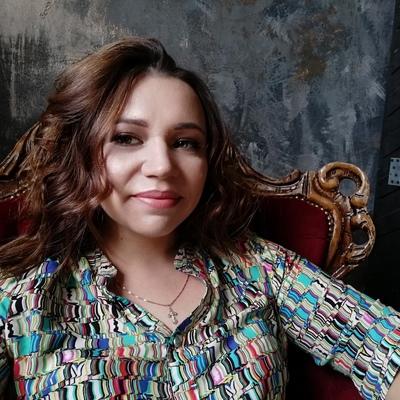 Анна Затонская, Санкт-Петербург