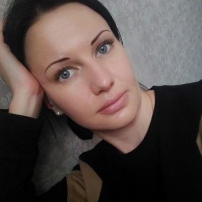 Настя Авлова
