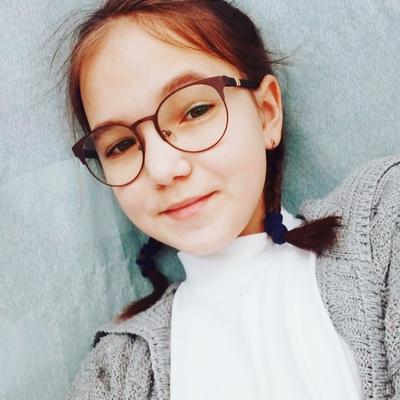 Дарина Лежнина