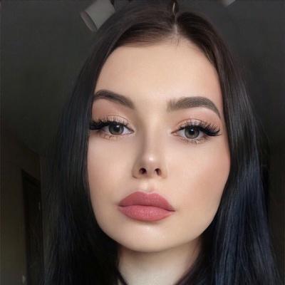 Мария Петрова, Санкт-Петербург