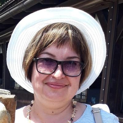 Елена Неелова, Санкт-Петербург
