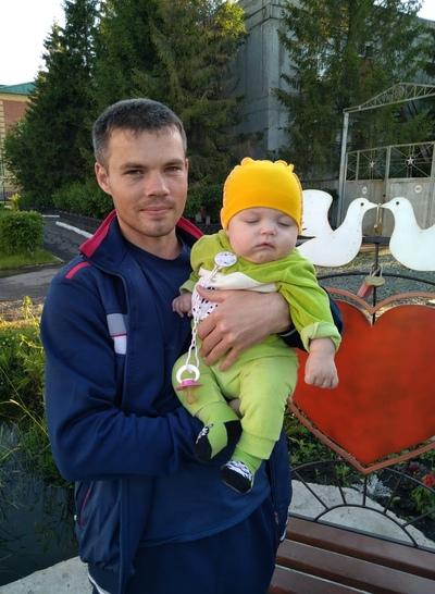 Евгений Яшин, Омск