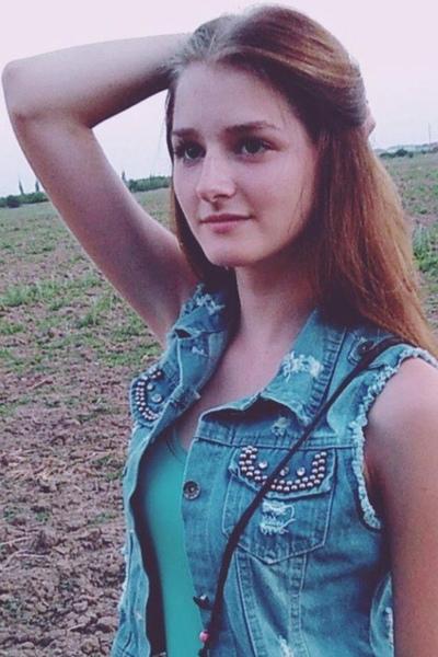 Эмилия Михайлова, Москва