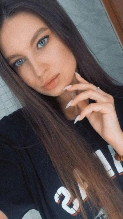 Лида Спасельникова, Омск