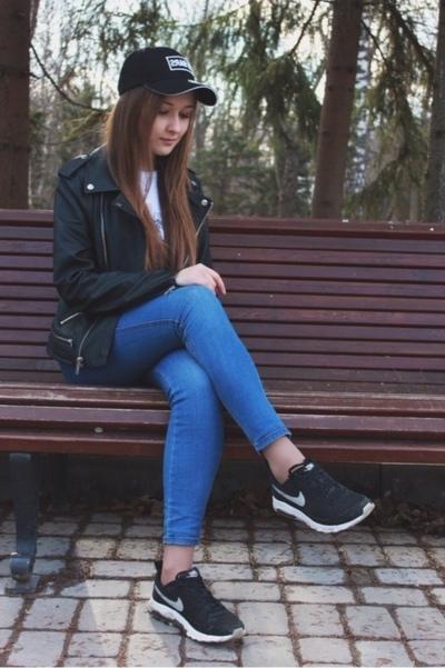 Milan Zhurova