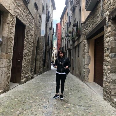 Tamriko Tamu, Barcelona