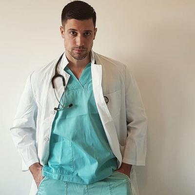 Dr-Scott Vujovic
