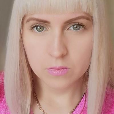 Анна Хлебникова