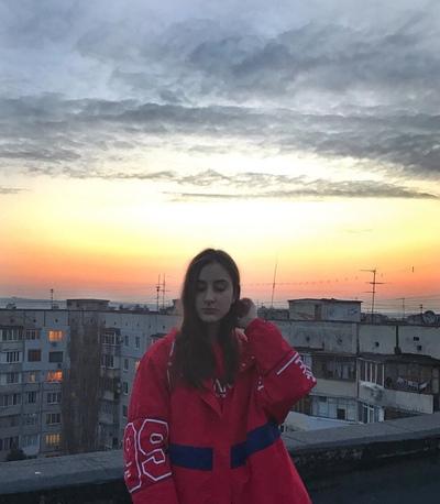 Екатерина Максимова, Москва