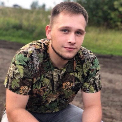 Илья Вязников