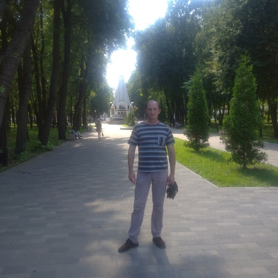 Виталий Шарапов, Луганск