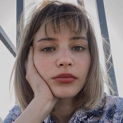 Юлия Ворошилова, Париж