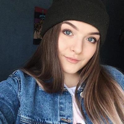 Yesenia Potapova