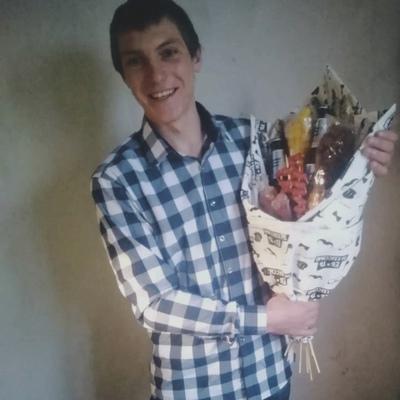 Денис Нестерук