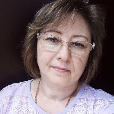 Елена Бирюкова, Тумботино