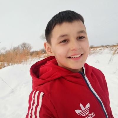 Ярик Багров