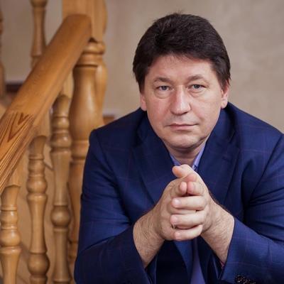 James-R Andrei, Москва