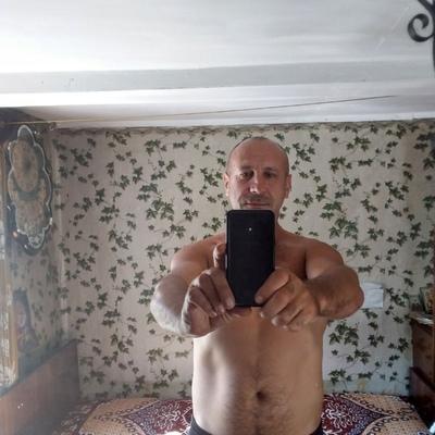 Володя Авдашов, Псков