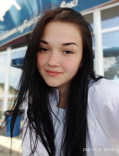 Кристина Шумихина, Владимир