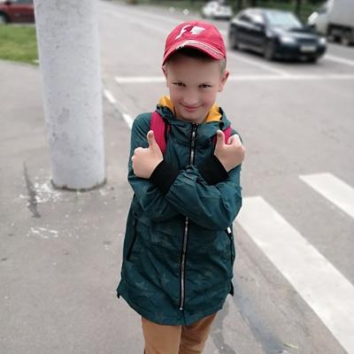 Денис Углов