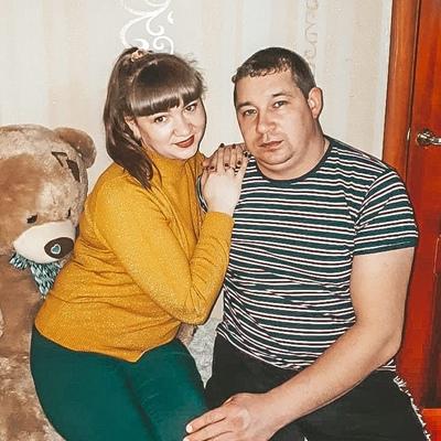 Паша Николаев