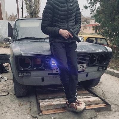 Макс Белоглазов