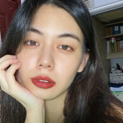 Xinlei Hong