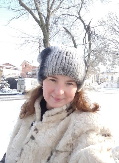 Лариса Дани