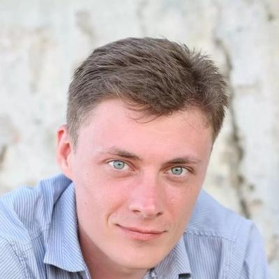 Антон Петров, Москва