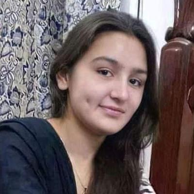 Sonia-Khan Sonia-Khan