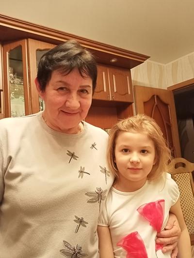 Надежда Алексеевна, Покров