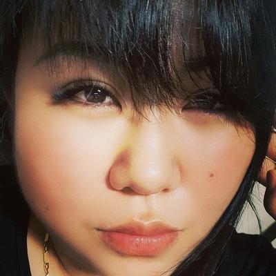 Roza Kang