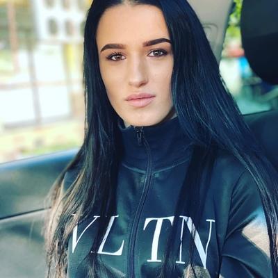 Алина Петрова